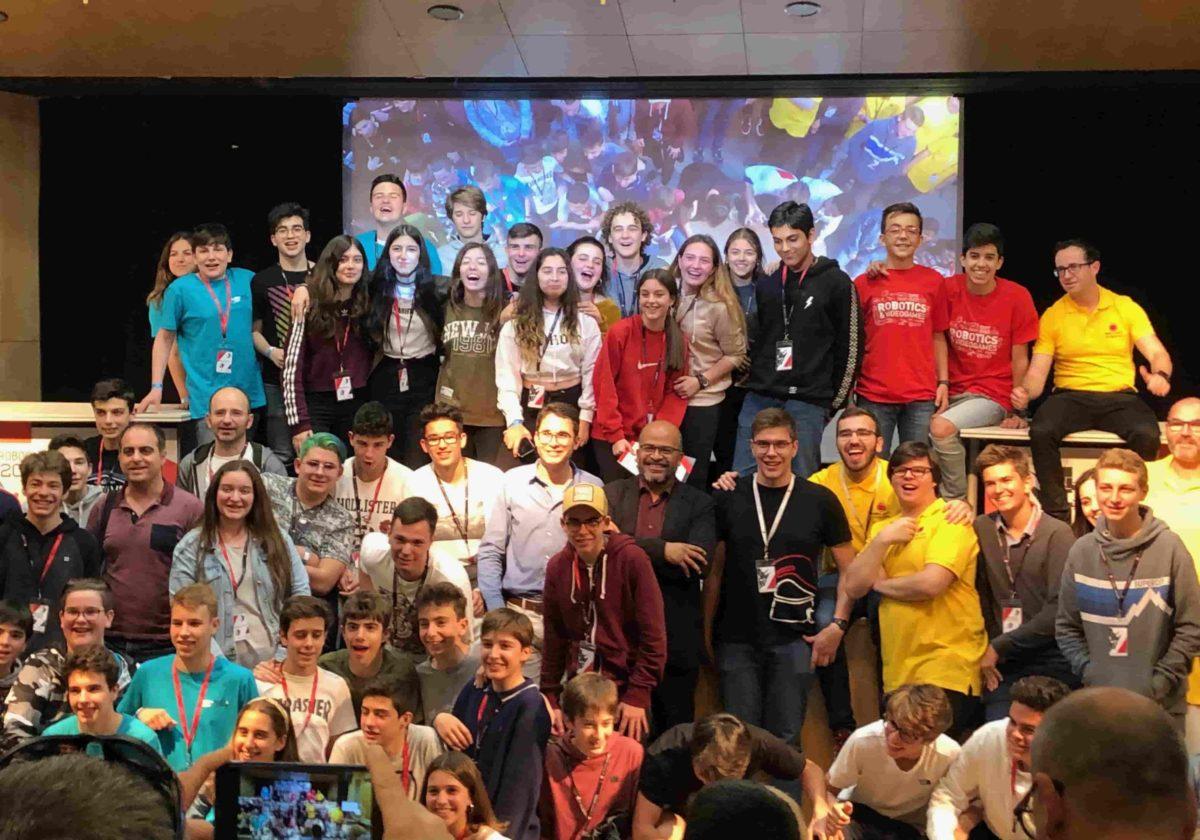 Equips de ClauTIC a la RoboCAT 2019 Fase Local Barcelona